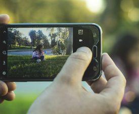 Publicar fotos de los hijos en la red: ¿cuáles son los riesgos?