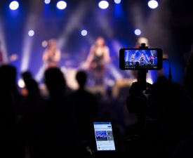 Social Media Live Streaming: el video en directo en redes sociales como oportunidad para docentes en tiempos de cuarentena